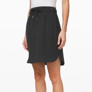 Lululemon NWT Black On the Fly Casual Skirt 2